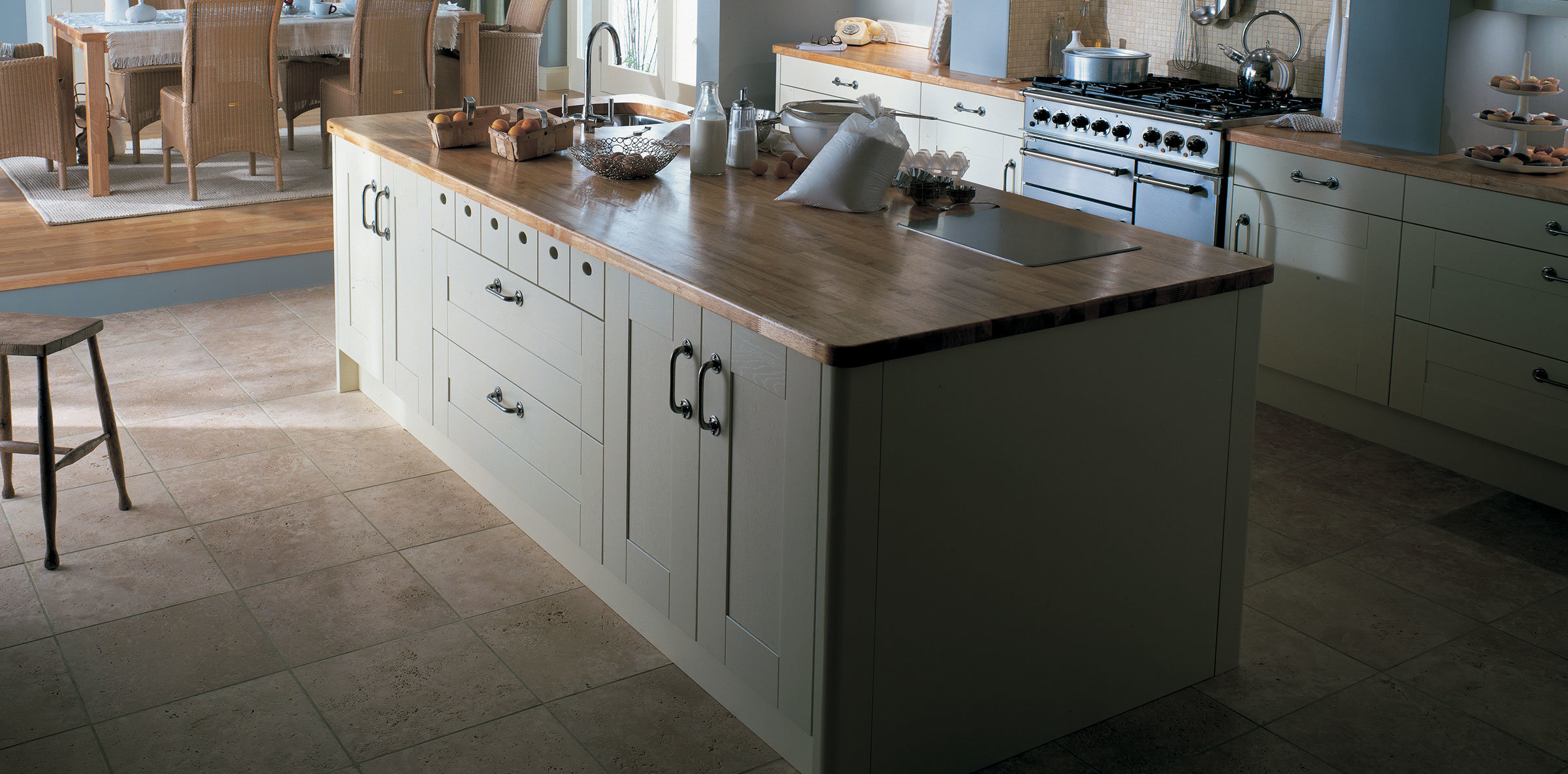painted_broadoak_ivory-kitchen-newcastle